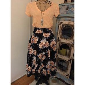 Agnes and Dora Floral Midi Skirt S NWT